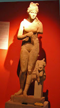 Photo: Aphrodite from Perge, 2nd century AD .......... Aphrodite uit Perge - 2de eeuw n.C.