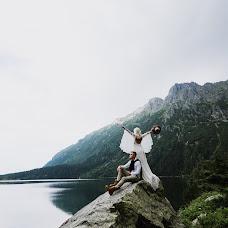 Wedding photographer Kseniya Ivanova (kinolenta). Photo of 19.12.2018