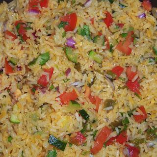 Garlicky Zucchini Rice with Pico de Gallo