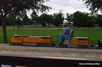 Photo: Jim Cash on UP 9449.  HALS-SLWS 2009-0523