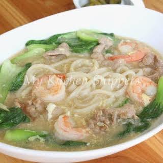 Hokkien Lor Mee/Stew Noodles.