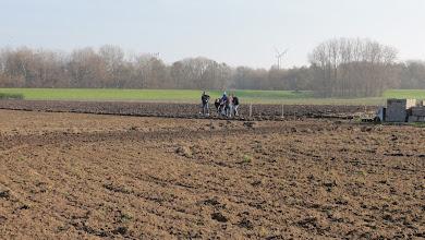 Photo: in twee ploegen aan de slag
