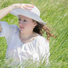 women and grass by Maya Cvetojevic - People Portraits of Women