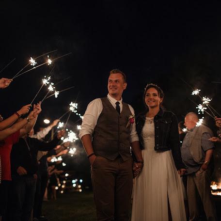 Wedding photographer Damian Dombrowski (damiandombrowsk). Photo of 06.08.2017
