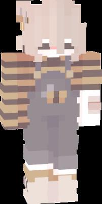 МИлая девочка с костюмом пчелы