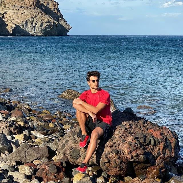 Jaime Astrain en Las Negras, foto de su perfil de Instagram.