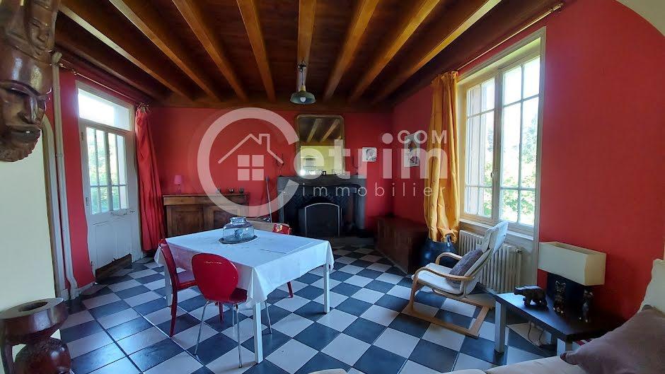 Vente maison 9 pièces 250 m² à Thiers (63300), 213 000 €
