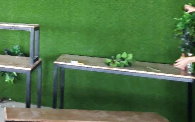 Cần chú ý gì khi làm mới hoặc làm sạch cỏ nhựa nhân tạo