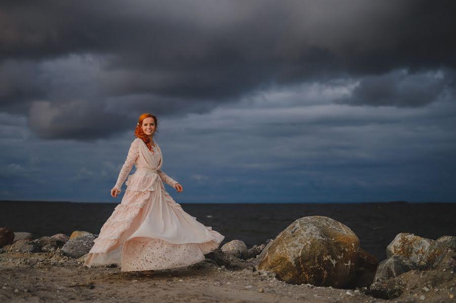 Wedding photographer Mait Jüriado (mjstudios). Photo of 02.02.2015