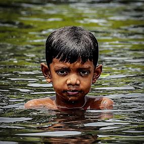 i m cool .....wht abt u ...? by Shyama Dev - Babies & Children Child Portraits