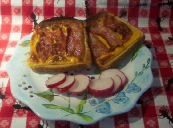 1940's Open Face Bacon & Cheese   Broiled Sandwich Recipe