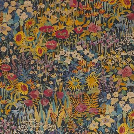 Faria Flowers Lichen från Liberty Fabrics Interiors