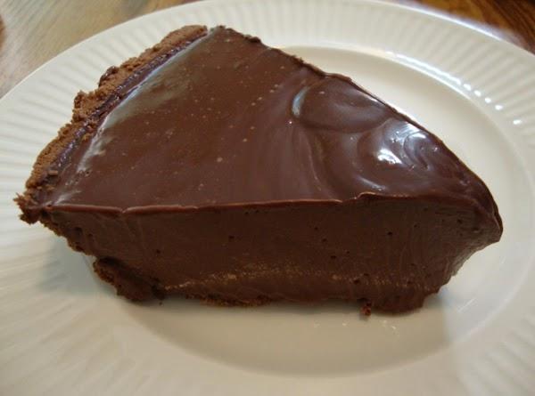 Yummilicious Microwave Chocolate Pie Recipe