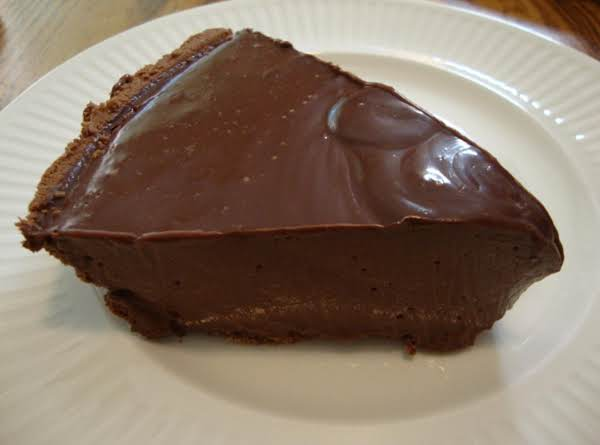 Yummilicious Microwave Chocolate Pie Recipe