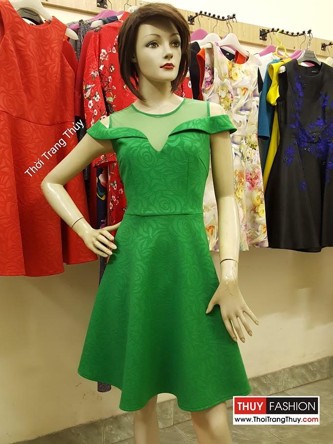 Váy xòe thiên tay bán vai màu xanh lá V484 Thời Trang Thủy