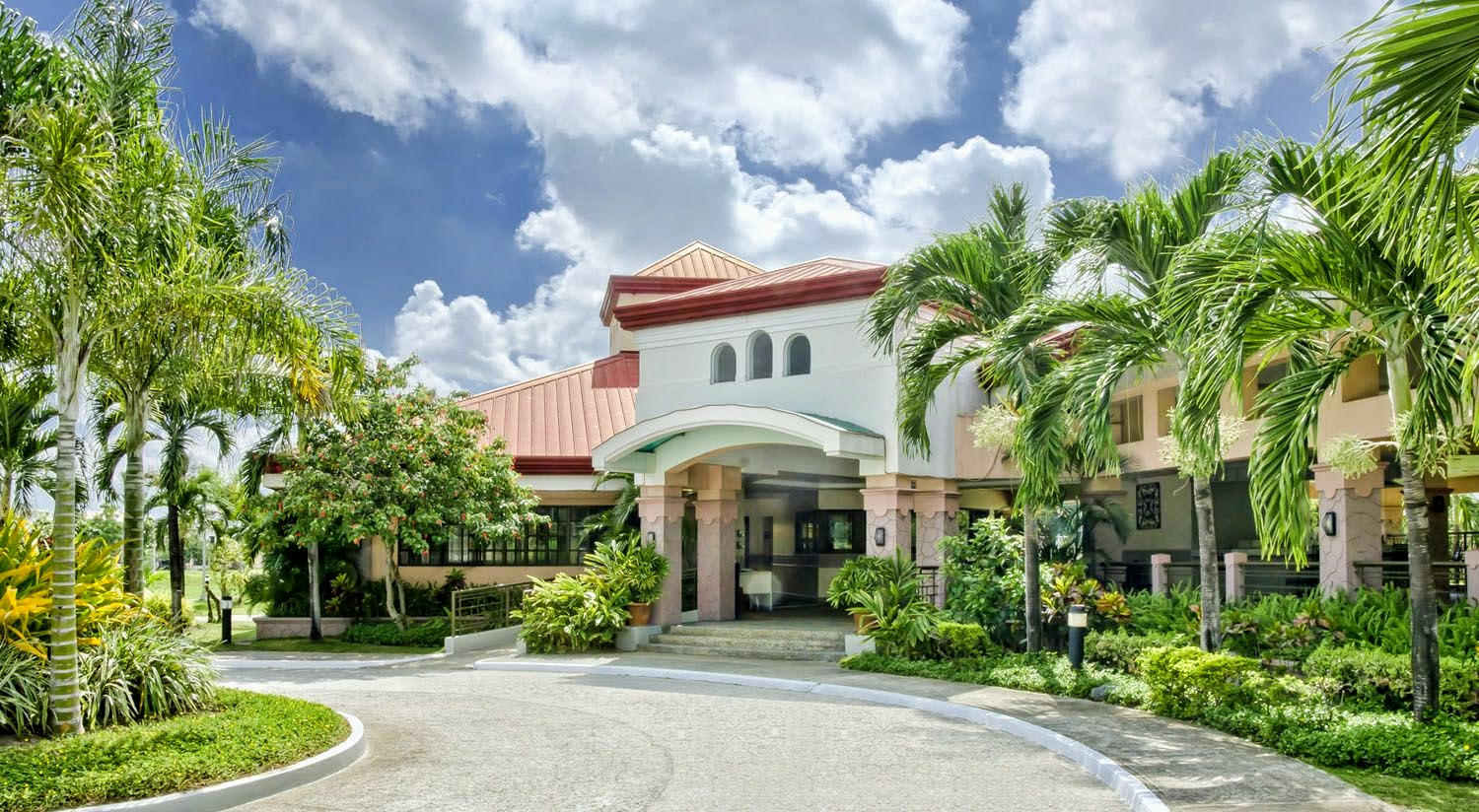 Heritage Angeles clubhouse