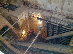 Photo: Ejecución de los nuevos muros de contención del sótano