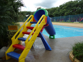 Photo: piscina infantil com brinquedos
