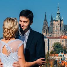 Wedding photographer Viktor Lomeyko (ViktorLom). Photo of 06.12.2017