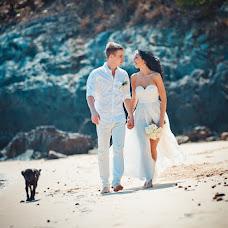 Wedding photographer Rinat Yamaev (izhairguns). Photo of 15.02.2014