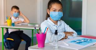 Los alumnos deben estar en clase con las mascarillas puestas.