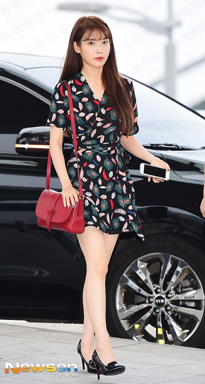 Airport-IU-Shirt-Dress-Patterned-Dress-