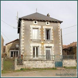 maison à Vausseroux (79)