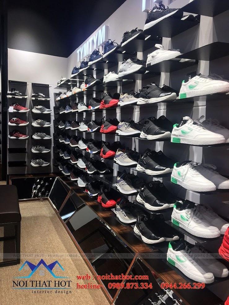 thi công shop giày nam 8