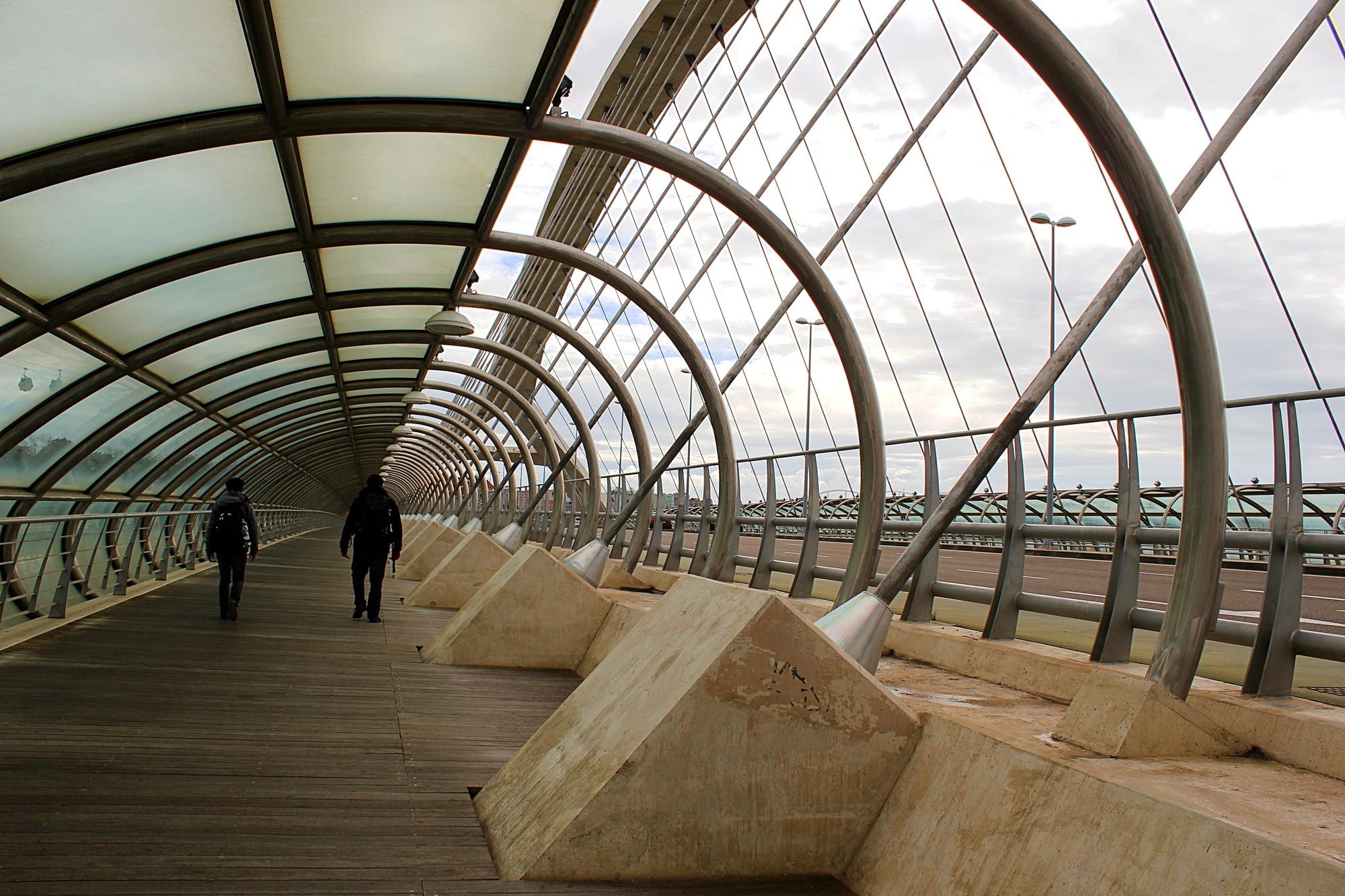 Puente tercer milenio, Zaragoza di Beatrice R