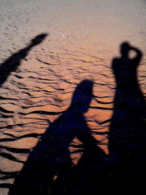 Ombre sulla sabbia.. di kikifufy