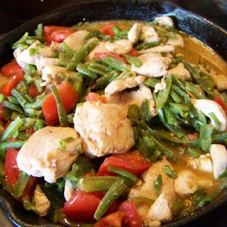 Chicken with Green Beans and Tomato