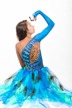 Photo: Body painting pavo real