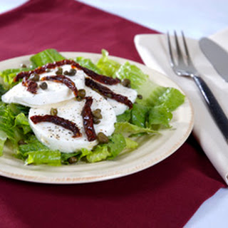 Mozzarella Salad with Sun Dried Tomato