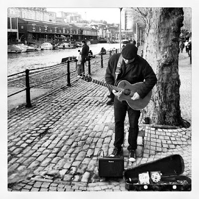 Busking in Bristol (UK) di Flaviomx
