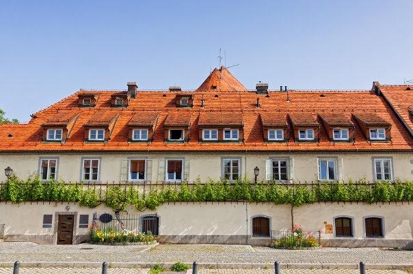 Old Vine House