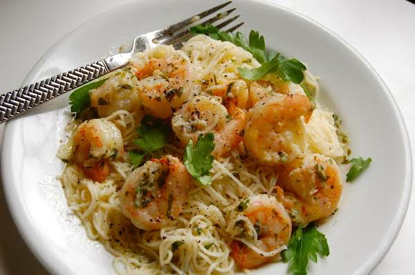 Shrimp With Garlic, Chilies And Herbs