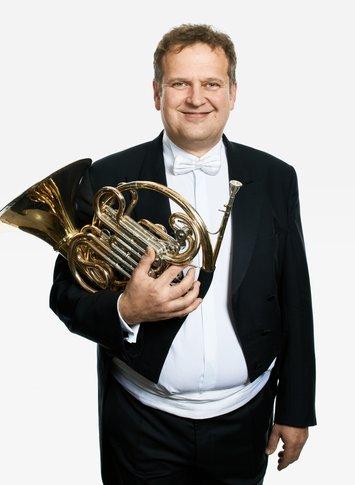 zoltan-holb horn