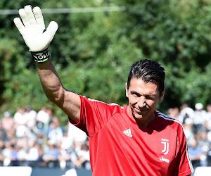 """Buffon pakt historisch record door Maldini voorbij te gaan en heeft nog dromen: """"Ik ben er al zo vaak dichtbij geweest, het doet me pijn"""""""