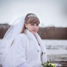 Wedding photographer Valentina Koroteeva (MValentina). Photo of 19.12.2013