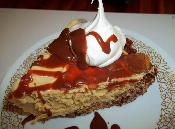 Creamy Peanut Butter Frozen Cheesecake Pie Recipe