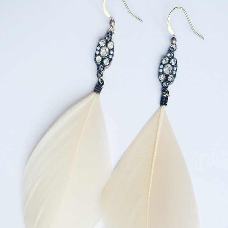 E037 - S. Lady of White Peacock Feather Earrings