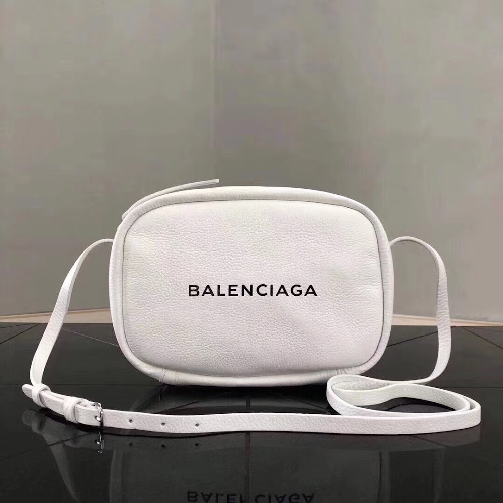 WHT BAL SIDE BAG