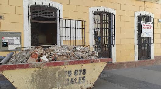 El Capitol 'coloniza' la Plaza de los Burros: ya prepara un nuevo bar
