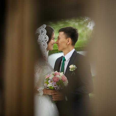 Wedding photographer Malik Sadykov (msadykov24). Photo of 02.12.2017