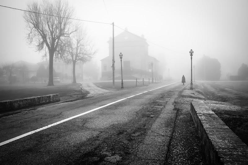 Fantasmi nella nebbia di E l i s a E n n E
