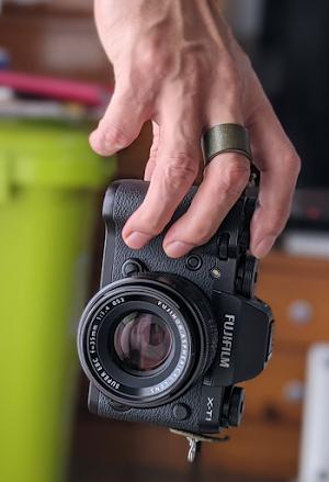 一眼カメラフィンガーストラップ 利用イメージ2