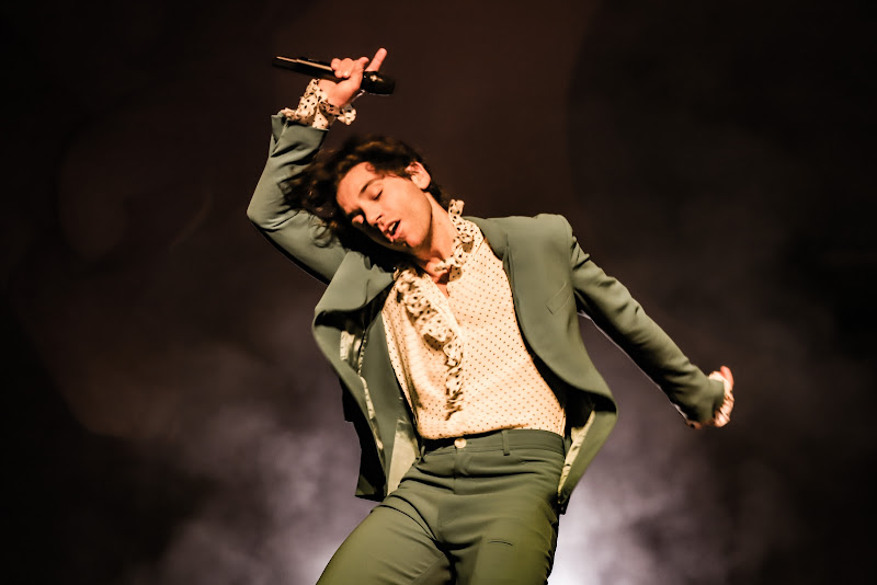 La notte è fatta per ballare e cantare di Renata Roattino@jhonninaphoto