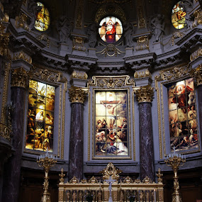 Stained glass (?) by Pavel Laberko - Buildings & Architecture Places of Worship ( altar, marble, cathedral, berlin, stained glass,  )