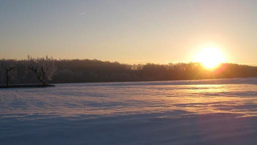 lever-de-soleil-en-hiver-a-la-ferme-du-tertre
