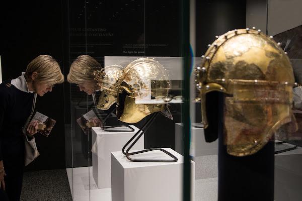 caschi d'oro di Zeta & Zeta